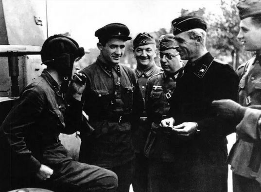 Společné vojenské cvičení Wehrmachtu a Rudé armády